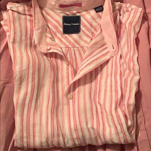 100% linen Tommy Bahama button up